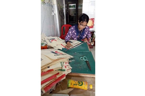 Fair Trade Taschen Arbeit
